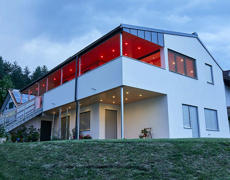 smarthome-sabine-gernot-aussen-beleuchtung-rot